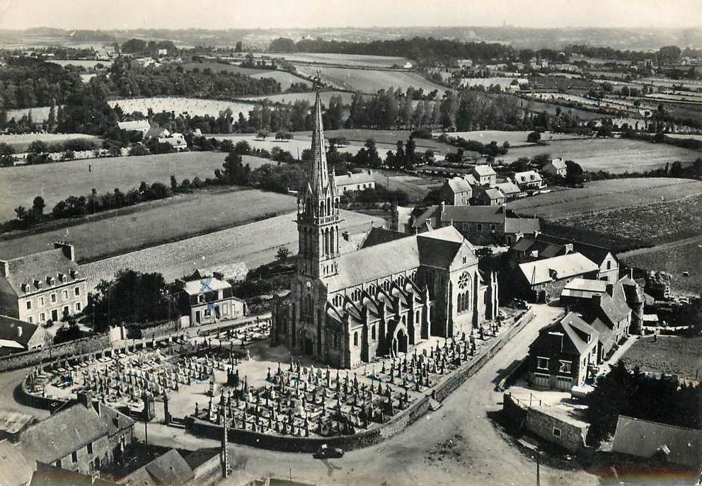 Photographie ancienne de Plounez, dans les Côtes-d'Armor.