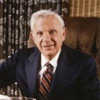 Henry W. BLOCH