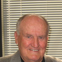 LaVell EDWARDS