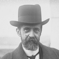 André HONNORAT