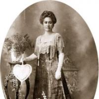 Theresa LAANUI