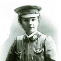 Nicole GIRARD-MANGIN