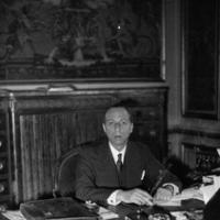 Pierre VIÉNOT